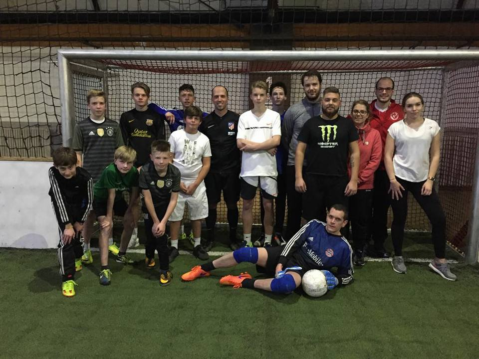 Unsere Jugend spielt Fußball